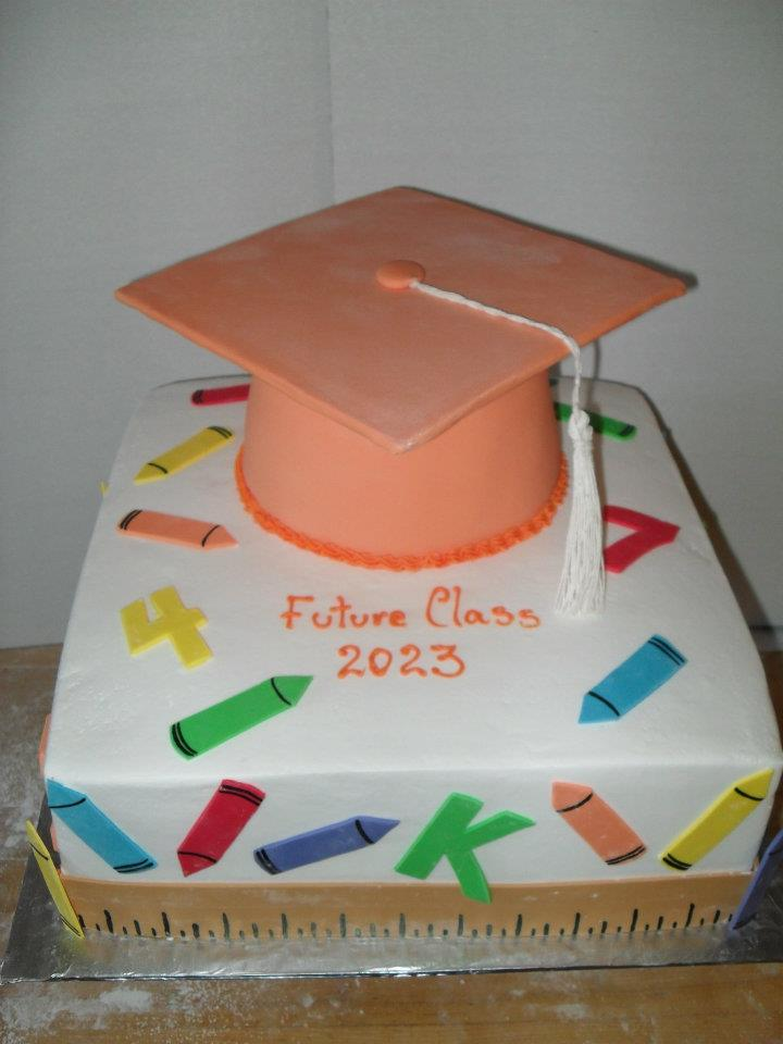 Elementary School Graduation Cake