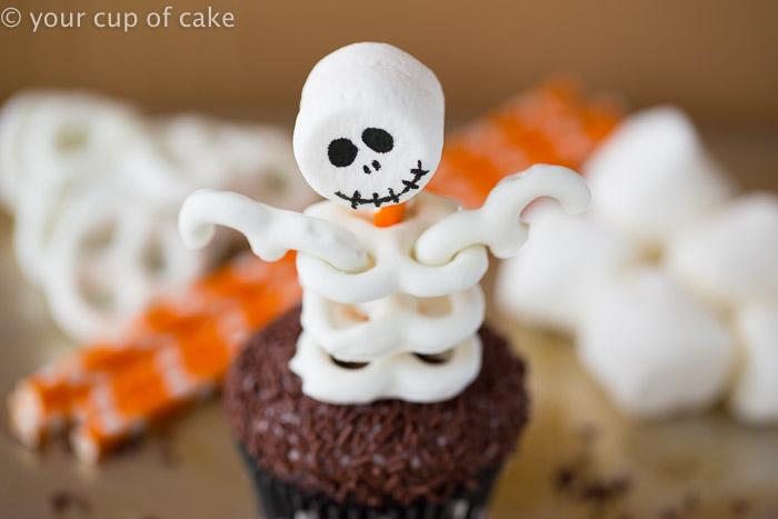 Halloween Skeleton Pretzel Cupcakes