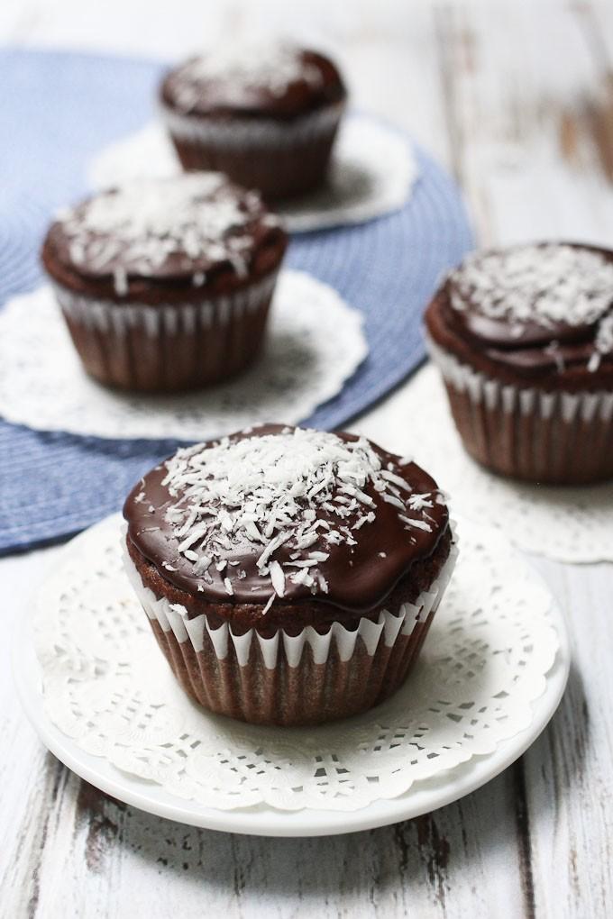 Healthy Chocolate Coconut Cupcakes