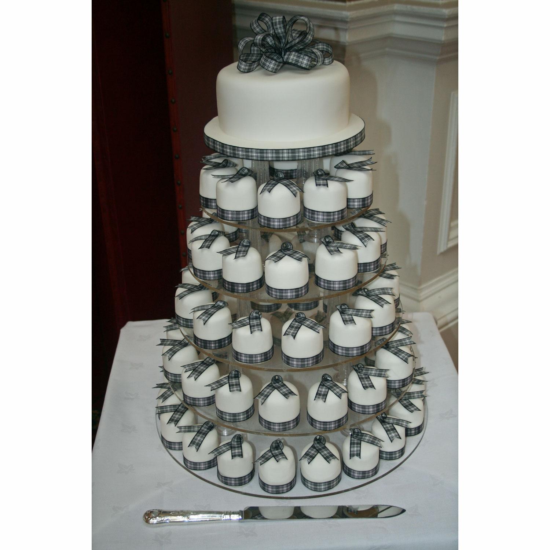 Individual Mini Wedding Cakes