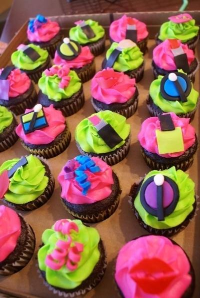 Makeup Cupcake Cake Ideas