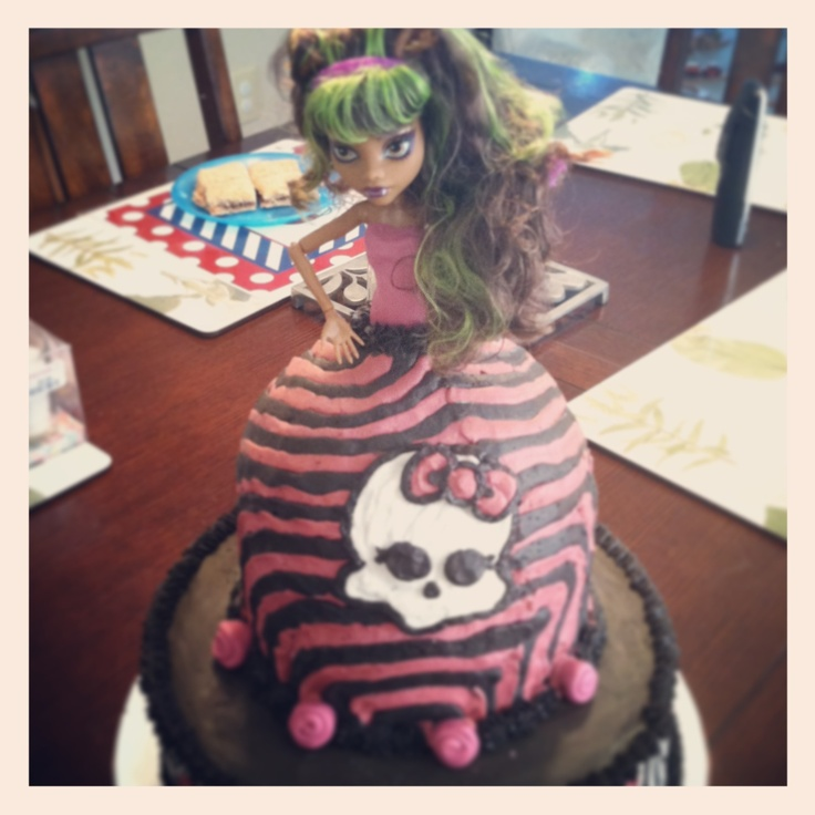 Monster High Cake with Buttercream Icing