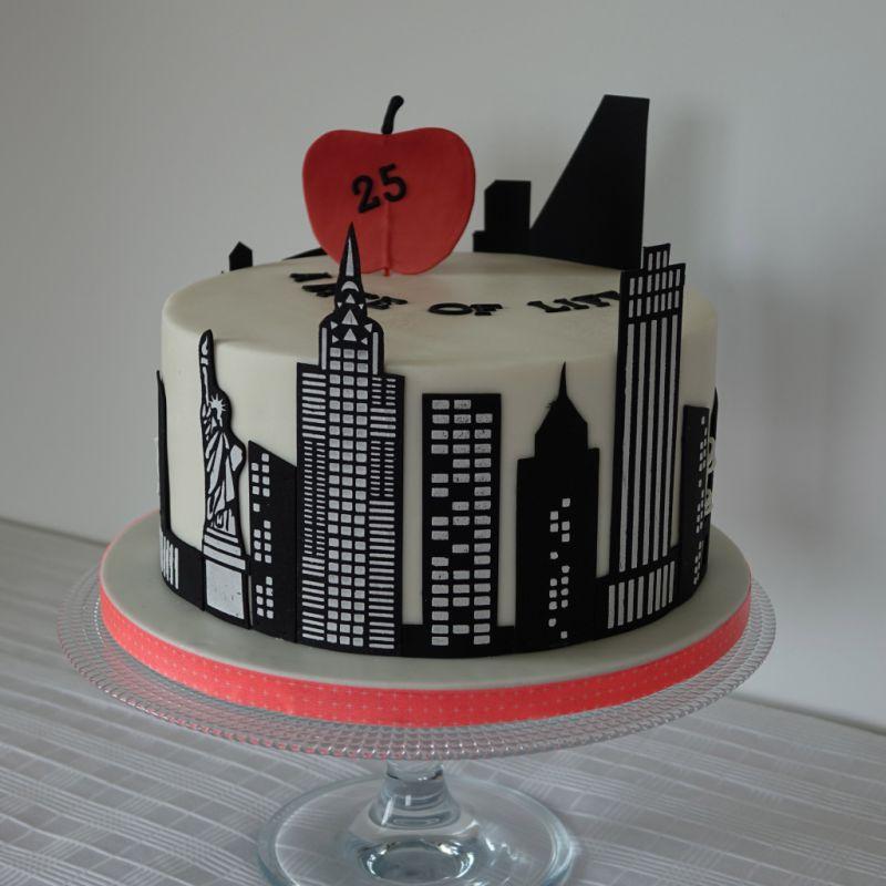 New York Skyline Birthday Cake