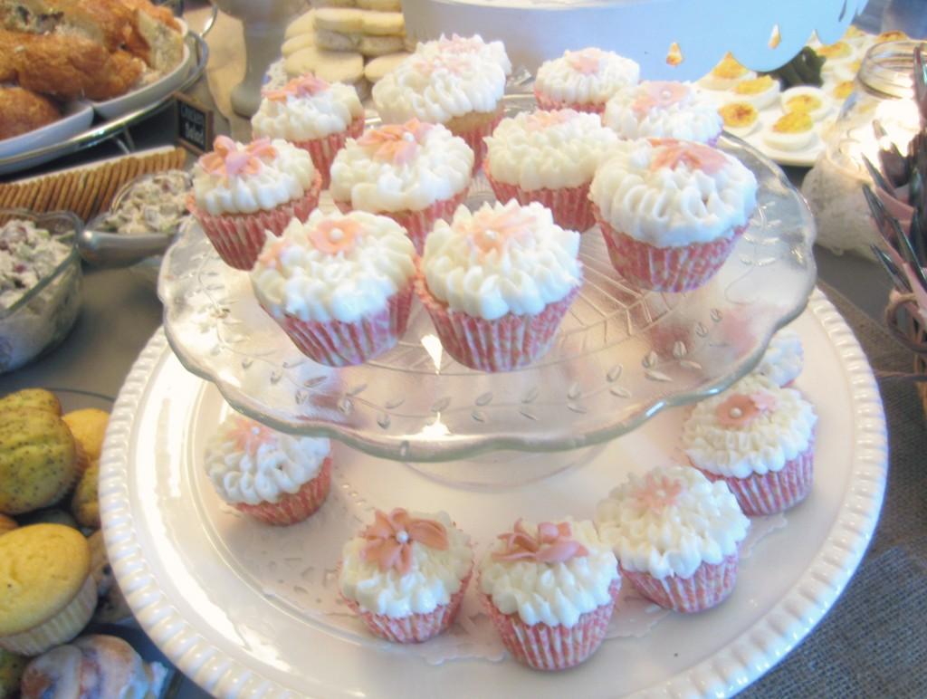 Publix Baby Shower Cupcakes