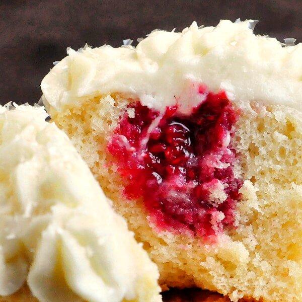 Raspberry Cream Cheese Cupcakes