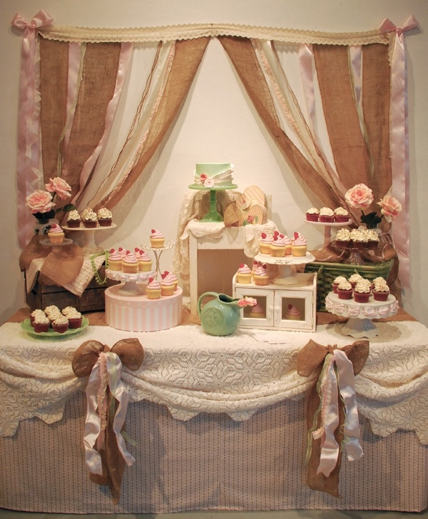 Shabby Chic Wedding Cake Table Ideas