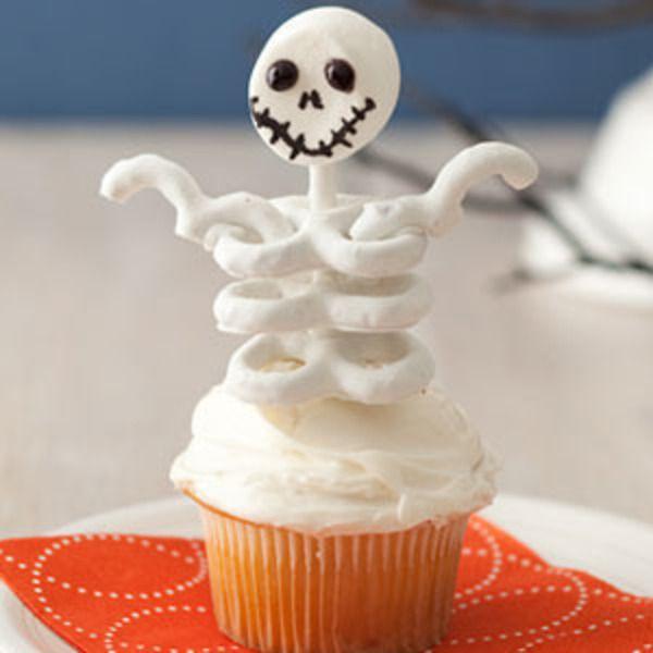 Skeleton Halloween Cupcakes Ideas