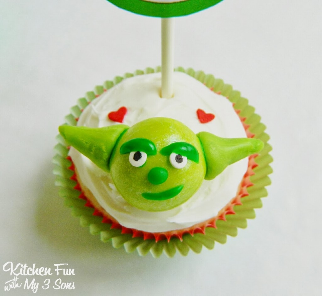9 Photos of Star Wars Valentine Cupcakes