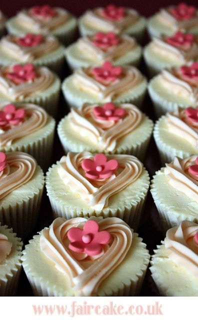Valentine Cake and Cupcake Decorating Ideas