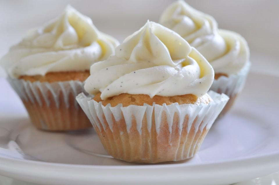 White Chocolate Vanilla Cupcake Recipe