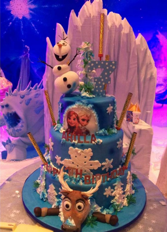 Amazing Birthday Cake Frozen