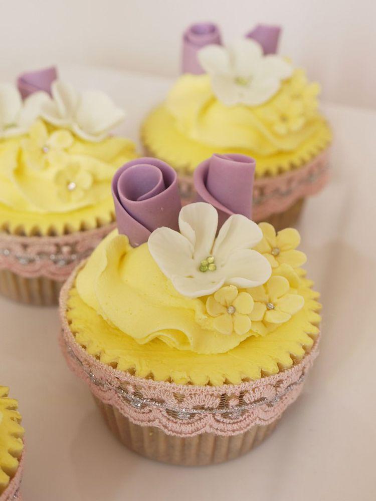 Beautiful Lemon Cupcake