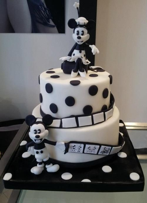 Black and White Mickey Mouse Cake