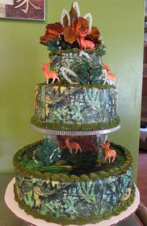 Camo Wedding Cake Ideas