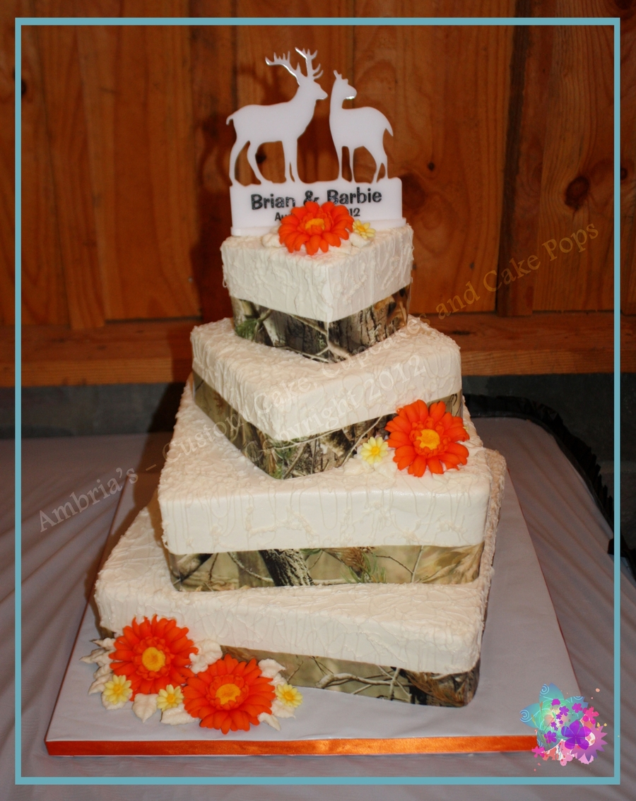Camo Wedding Cake