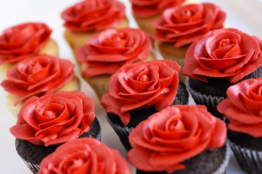 Cupcake with Red Rose