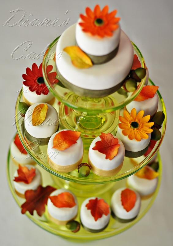 13 Photos of Beautiful Fall Mini Cakes