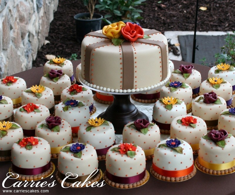 Fall Wedding Cake Cupcakes