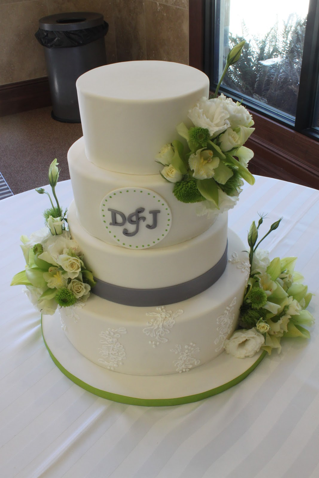 Green and Grey Wedding Cake