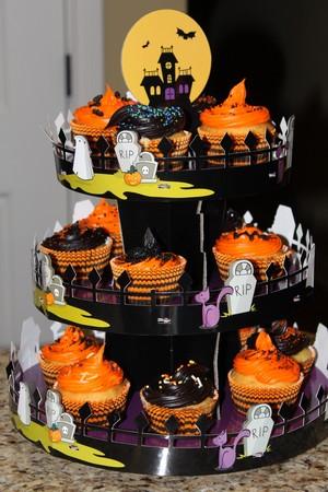 Halloween Cupcake Display Stands