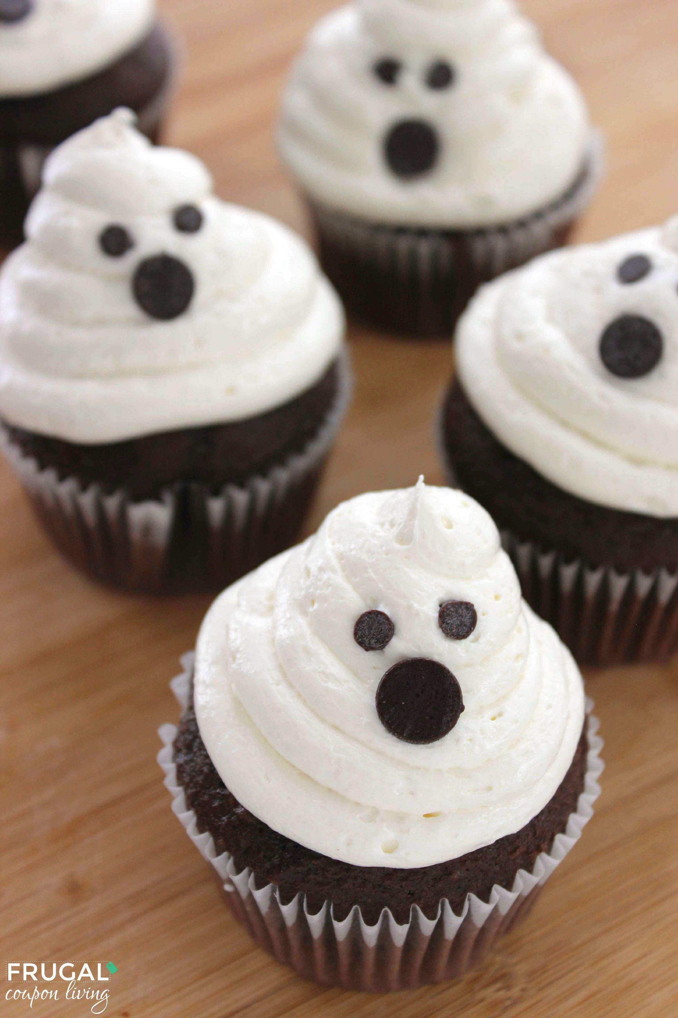 Halloween Marshmallow Ghost Cupcakes