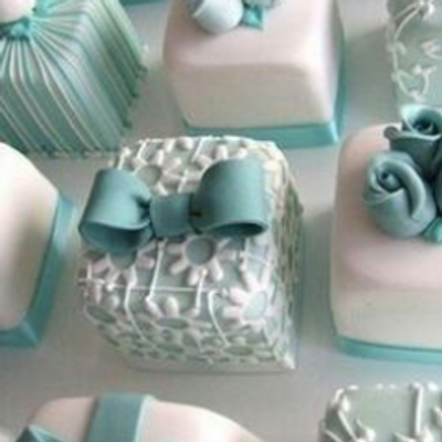Mini Tiffany Blue Wedding Cakes