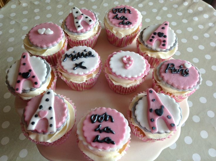 Paris Theme Cupcakes