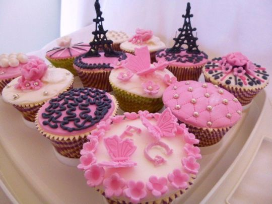 Paris Themed Cakes Cupcakes