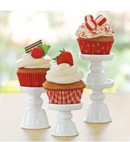 Treat Mini Pedestal Porcelain Cupcake Stands
