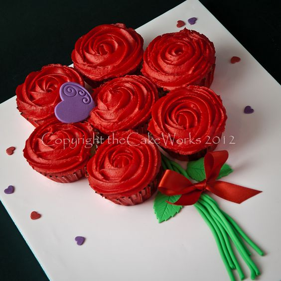 11 Photos of Valentine's Day Flowers And Roses Cup Cakes And Cakes And