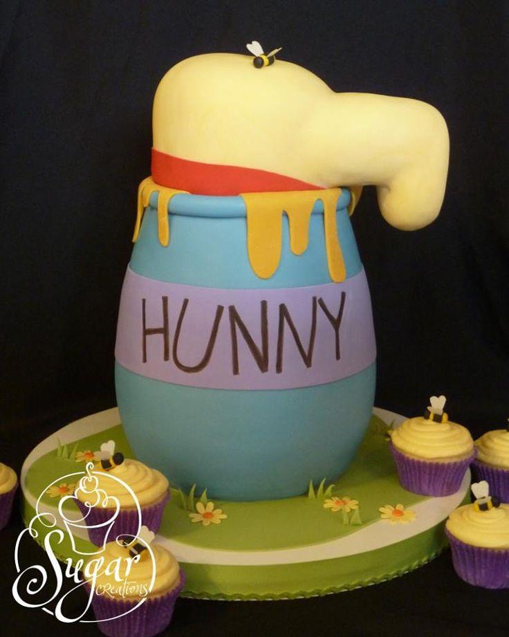 Baby Winnie Pooh Honey Pot Cakes