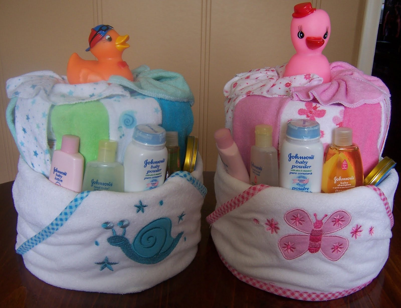 Bath Diaper Baby Shower Cakes