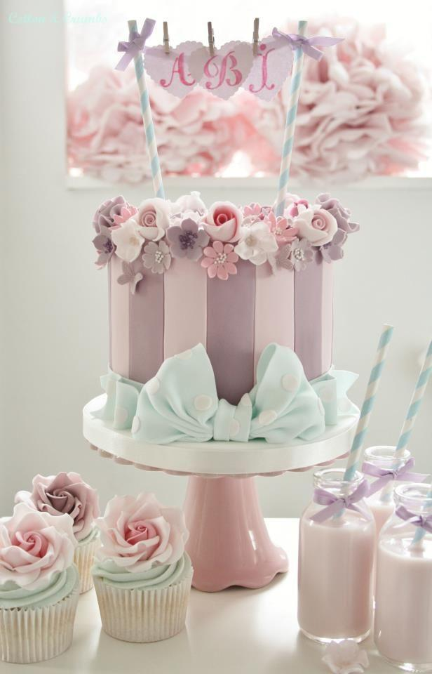 Beautiful Elegant Birthday Cakes