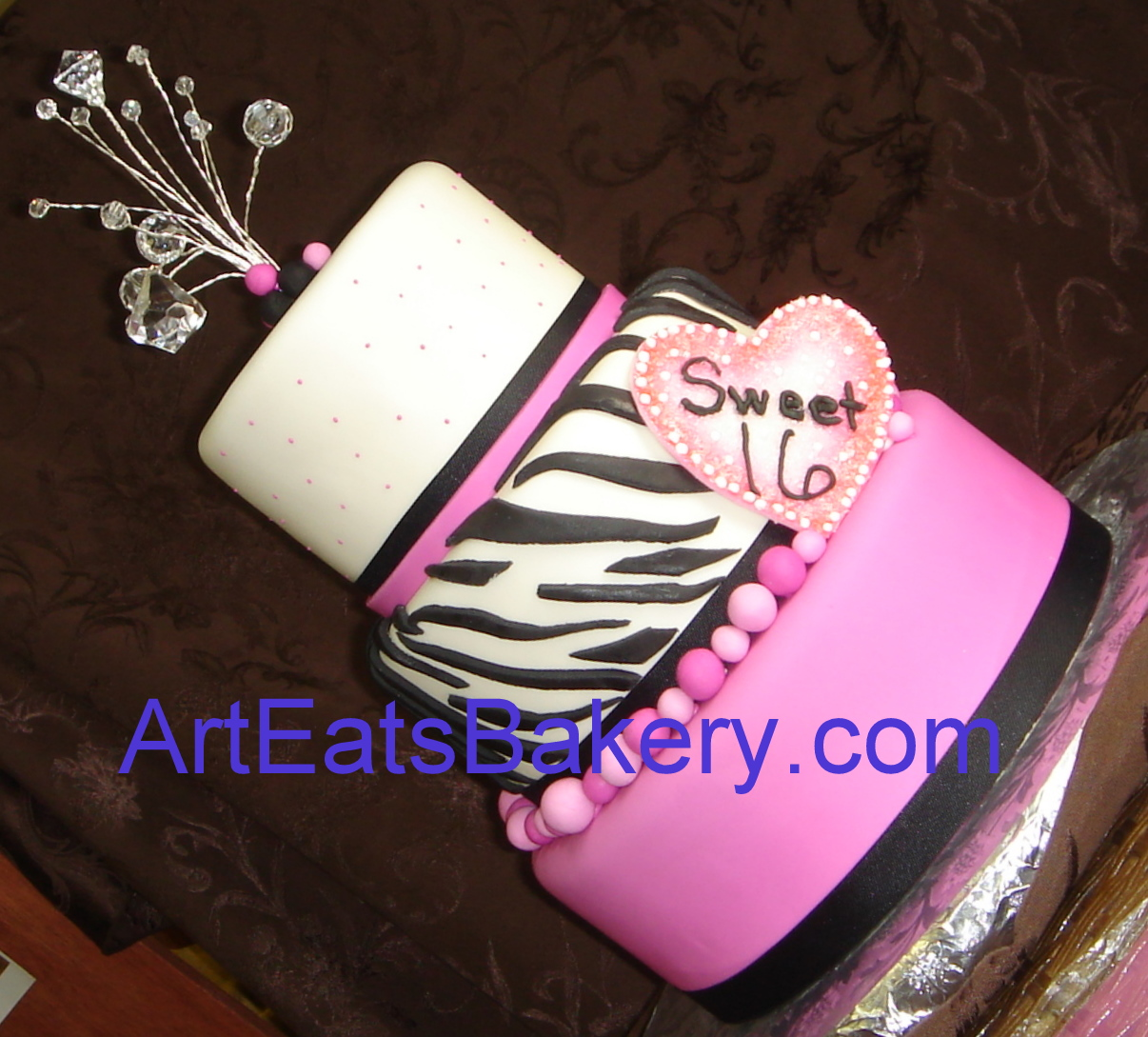 Black Sweet 16 Birthday Cakes