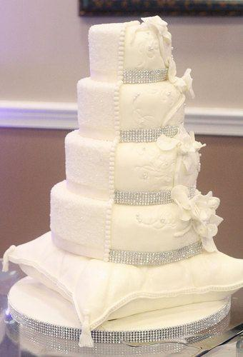 Bling Wedding Cakes with Ribbon