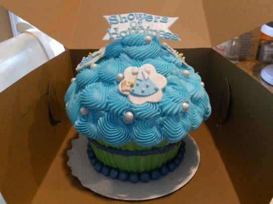 Boys Giant Cupcake Cake