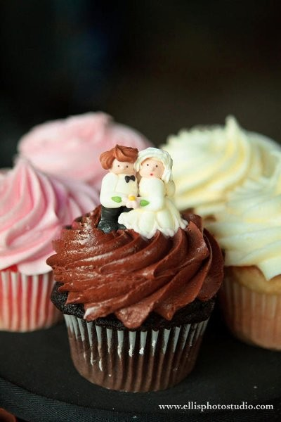 Bride and Groom Cupcake Liners