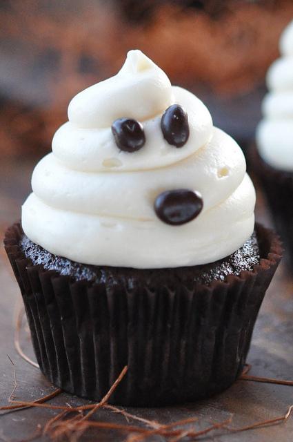 Easy Halloween Cupcake Cake