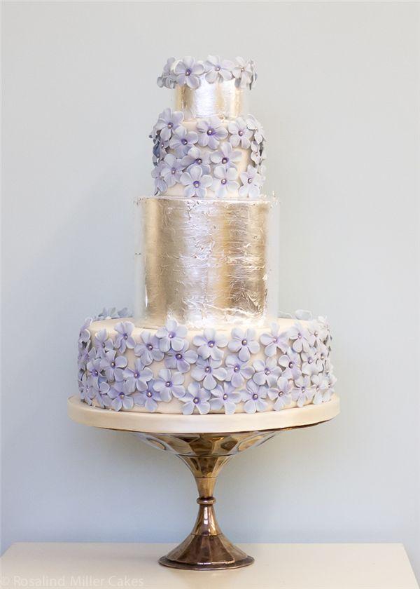 Elegant Wedding Cakes with Flowers