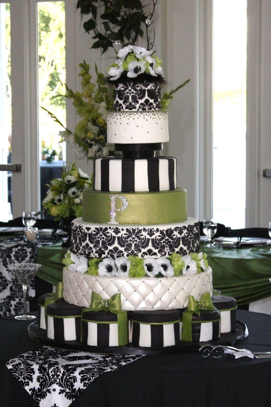Green and Black Wedding Cake