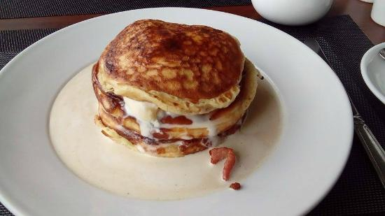 Ice Cream with Bacon and Pancakes