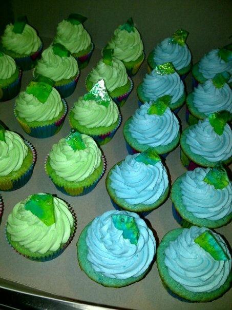 Jolly Rancher Blue Raspberry Cupcakes
