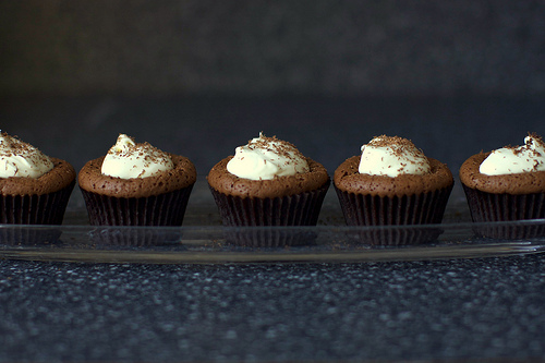 Mint Chocolate Souffle Cupcakes
