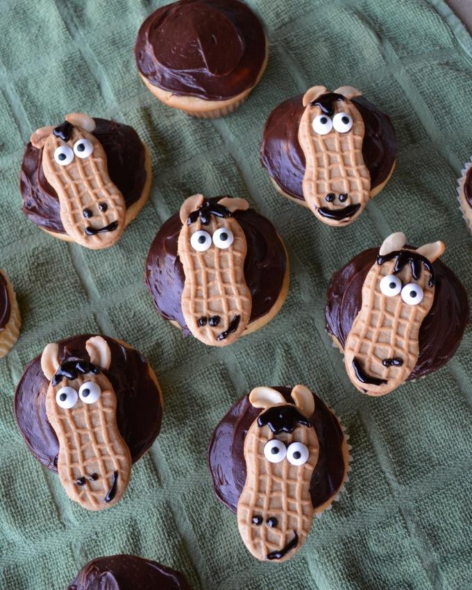 Nutter Butter Horse Cupcakes