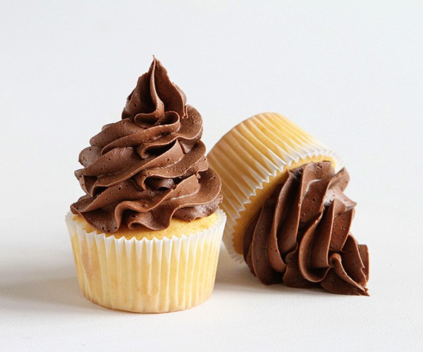 Open Star Tip Cupcake Frosting