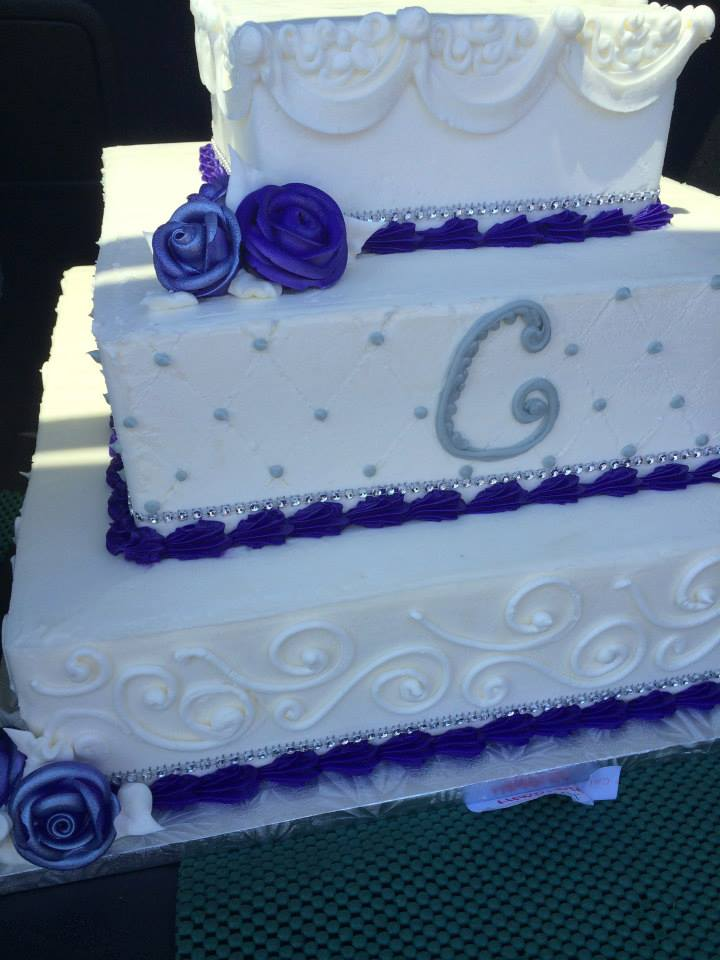 Square Wedding Cake with Scroll