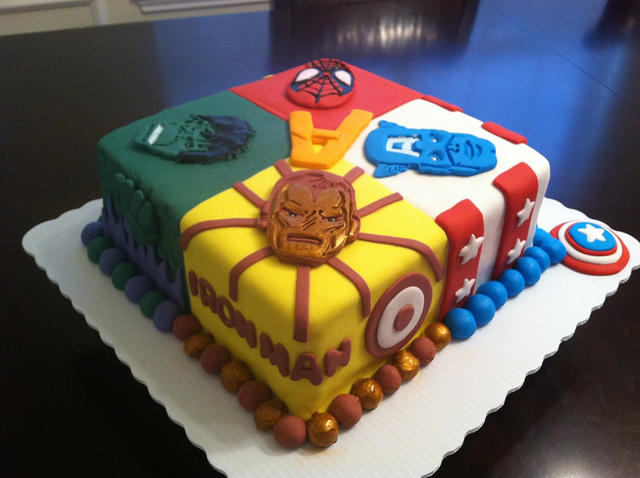 6 Photos of Superhero Square Cakes