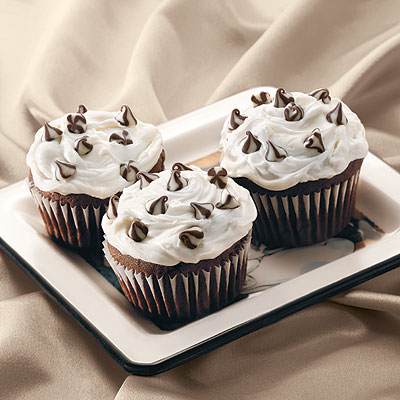 Triple Treat Chocolate Cupcakes