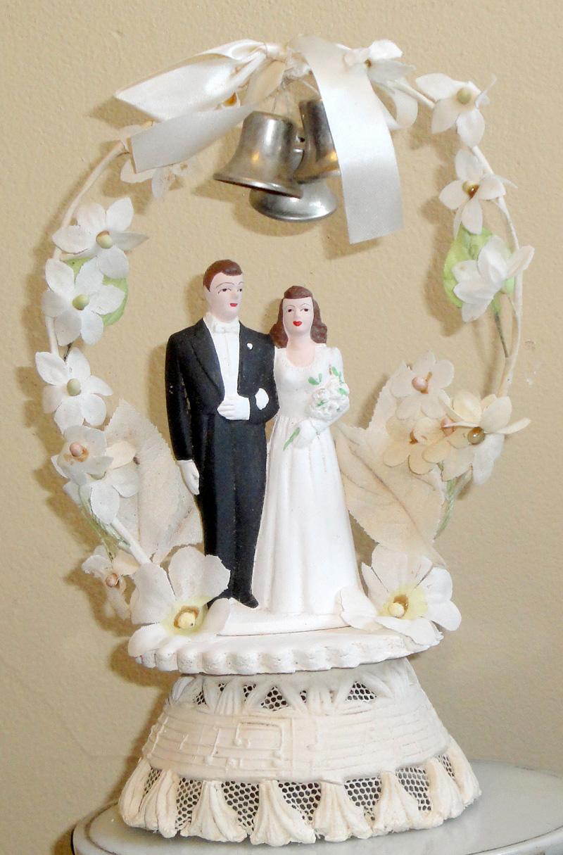 Unique Vintage Wedding Cake Topper