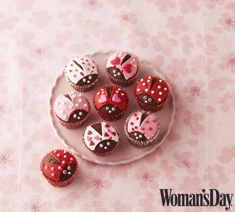 Valentine's Day Lovebug Cupcakes